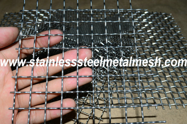 BWG14 (2.03mm Wire Dia.) Crimped Wire Mesh Aperture Size 4mm